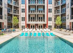 Kasa Charlotte Uptown Apartments - Charlotte - Zwembad