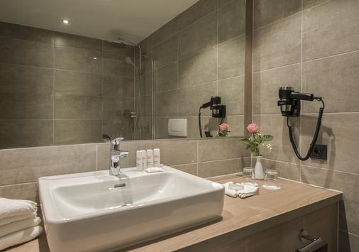 Radisson Blu Badischer Hof Hotel, Baden-Baden - Baden-Baden - Phòng tắm