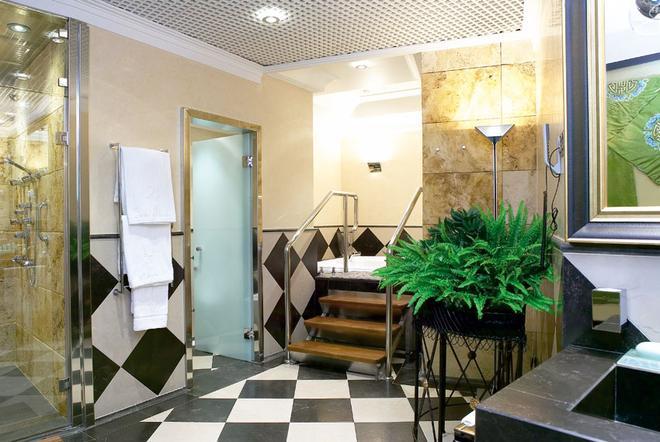 Hotel Carlton - Bilbao - Kylpyhuone