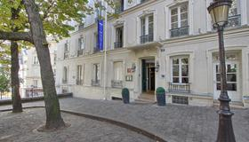 Timhotel Montmartre - Paris - Building