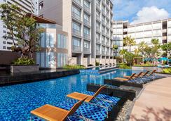 Grand Mercure Phuket Patong - Patong - Pool