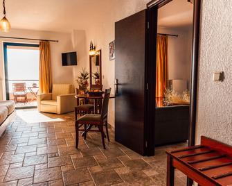 Hotel Natura Club & Spa - Kyparissia - Edificio