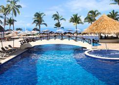 Marival Emotions Resort & Suites - Nuevo Vallarta - Piscina