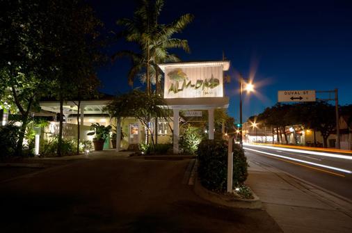 Almond Tree Inn - Key West - Näkymät ulkona