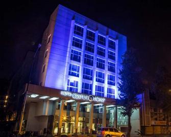 Hotel Centre Point - Nagpur - Rakennus