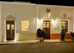 Casa Del Maya Bed & Breakfast - Mérida - Edifício