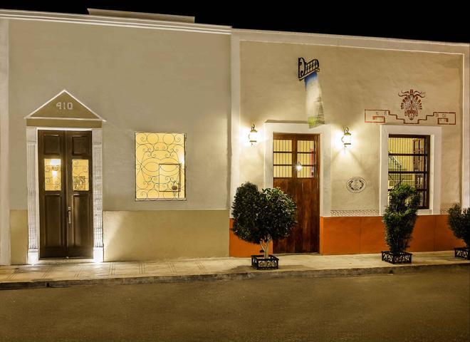 Casa Del Maya Bed & Breakfast - Mérida - Toà nhà