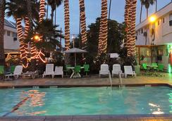 Los Angeles Adventurer All Suite Hotel At Lax - Inglewood - Piscine
