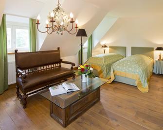 Schloss Wissen Hotellerie - Weeze - Bedroom