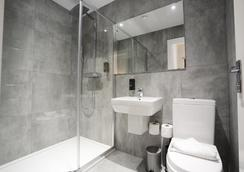 Airways Hotel Victoria - London - Bathroom