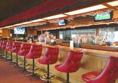 Bonnie Castle Resort & Marina - Alexandria Bay - Bar