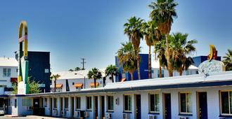 Roulette Motel - Las Vegas - Outdoor view