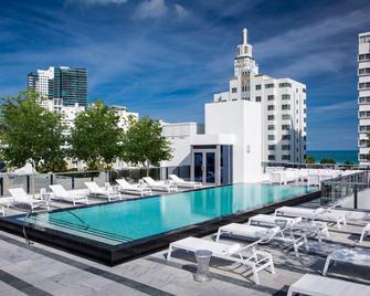 Gale South Beach, Curio Collection by Hilton - Miami Beach - Pool