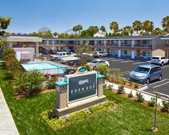 Eden Roc Inn & Suites - Anaheim