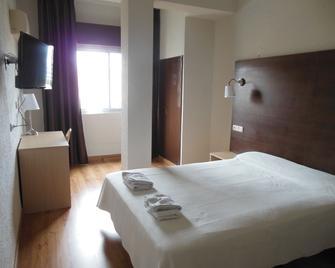 Hotel Embajador - Almería - Bedroom