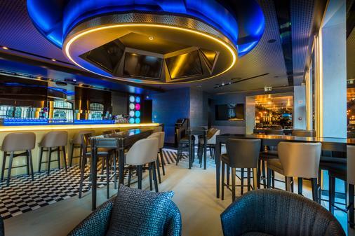 里斯本CR7佩斯塔納酒店 - 里斯本 - 酒吧