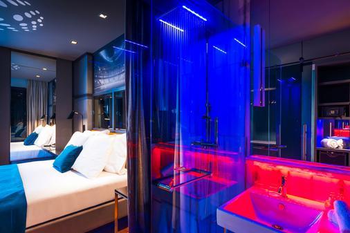 里斯本CR7佩斯塔納酒店 - 里斯本 - 浴室