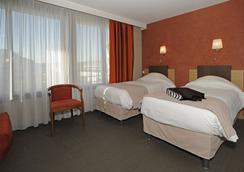 Kyriad Avignon Palais des Papes - Avignon - Bedroom
