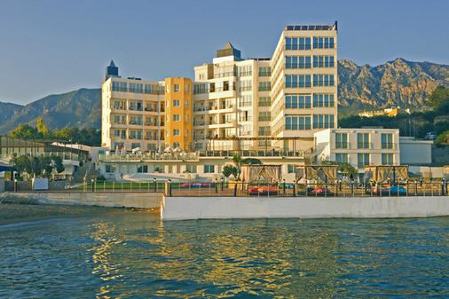 Ada Beach - Kyrenia - Building