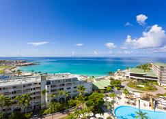 Sonesta Maho Beach Resort Casino & Spa - Lowlands - Вид снаружи
