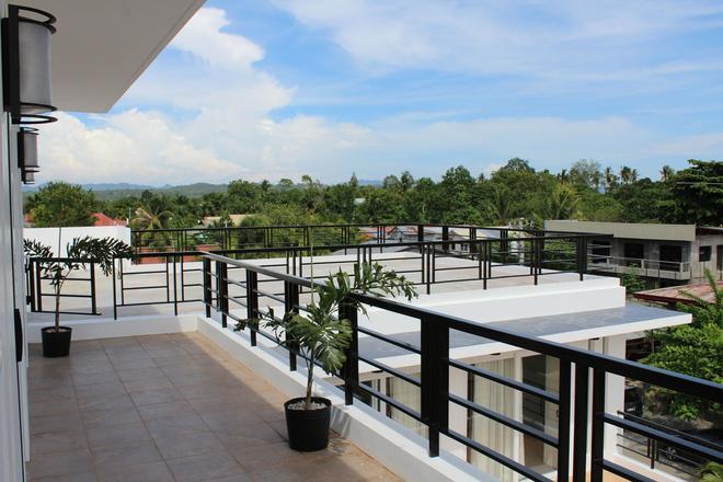 Be-ing Suites - Davao - Parveke