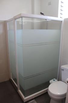 Be-ing Suites - Davao City - Bathroom