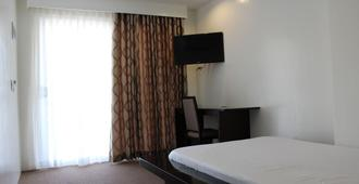 Be-ing Suites - Davao City