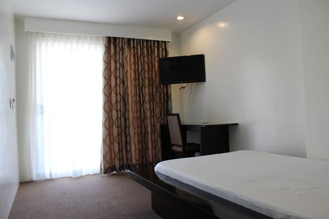 Be-ing Suites - Davao City - Bedroom