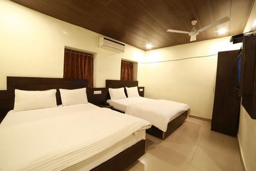Hotel Banjara Mount Abu - Mount Abu - Makuuhuone