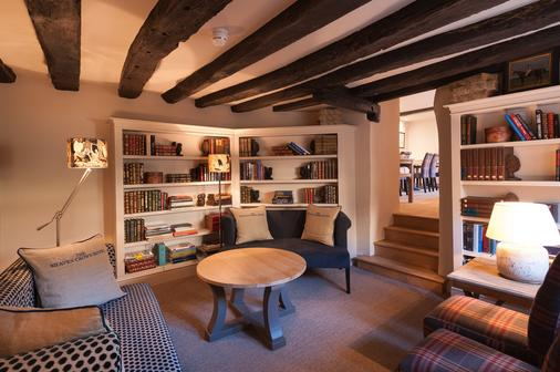 The Shaven Crown Hotel - Chipping Norton - Lounge