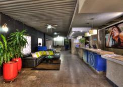 Santorini Hotel and Resort - Santa Marta - Lobby