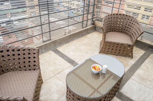 Hotel Regency Suites La Feria - Μπογκοτά - Μπαλκόνι