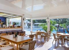 Apartamentos Ses Eufabietes - Sant Francesc de Formentera - Bar