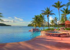 호텔 산타 페 괌 - 타무닝 - 수영장