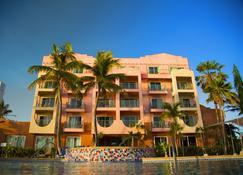 호텔 산타 페 괌 - 타무닝 - 건물