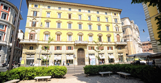 Inn Rome Rooms & Suites - Rome - Bâtiment
