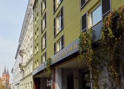 Max Brown 7th District - Vienna - Edificio