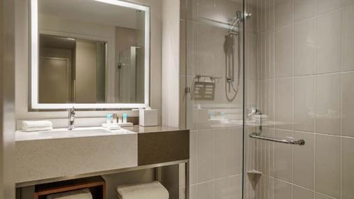 Hyatt Regency Houston/Galleria - Houston - Bathroom