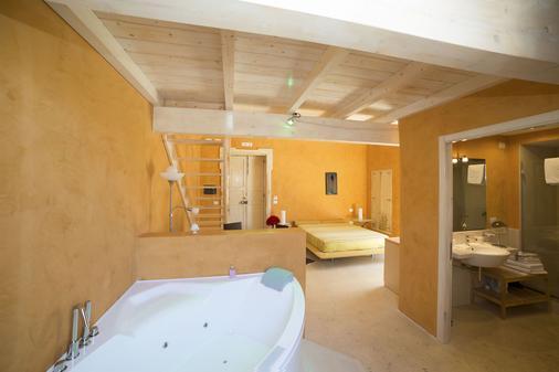 Relais Carlo V - Gallipoli - Bathroom