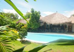 香草天空渡假村 - 邦勞島 - 邦勞 - 游泳池