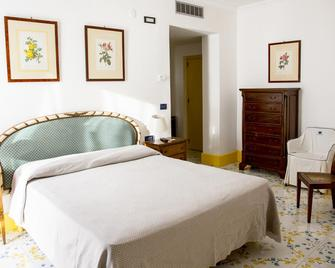 Hotel Il Gabbiano Palinuro - Palinuro - Bedroom
