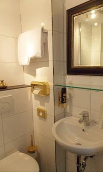 Hotel Domspitzen - Cologne - Bathroom