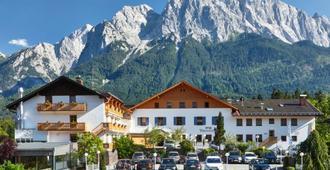 Romantik Alpenhotel Waxenstein - Grainau - Gebäude