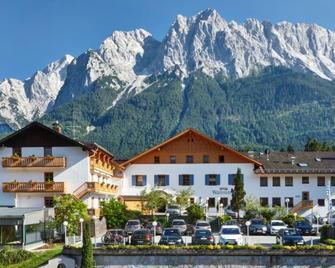 Romantik Alpenhotel Waxenstein - Grainau - Bina
