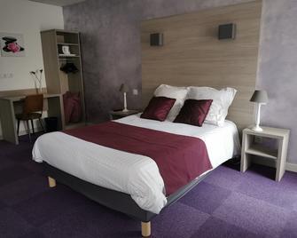 Hotel des Negociants - Lamastre - Bedroom