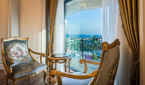 The Time Hotel Marina - Istanbul - Balcony