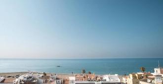 Moon Dreams Calabahia - Málaga - Vista del exterior