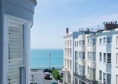 Brighton Marina House Hotel - Brighton - Extérieur