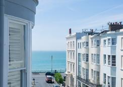 Brighton Marina House Hotel - B&B - Brighton - Outdoors view