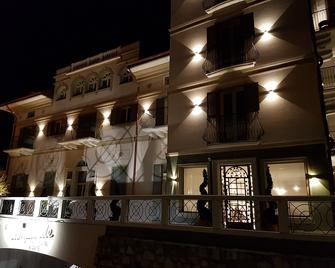 Al Campanile Aparthotel&suite - Baveno - Building